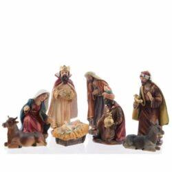 krybbespil med 8 flotte religiøse figurer op til 12 cm.