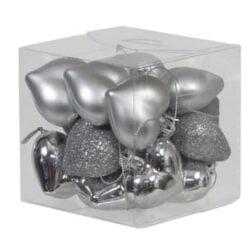 boks med 15 stk. små sølv plastik hjerter til jul og bordpynt med forskellige overflader