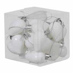 boks med 15 stk. små hvide plastik hjerter til jul og bordpynt med forskellige overflader