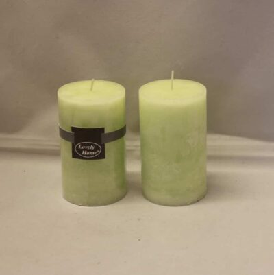kiwi farvet lime æble grøn stearinlys diameter 6 cm. gennemfarvet bloklys 8 cm. høj