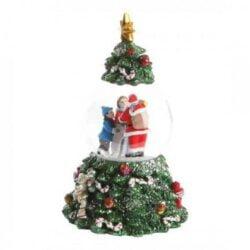 rystekugle og spilledåse i et som juletræ