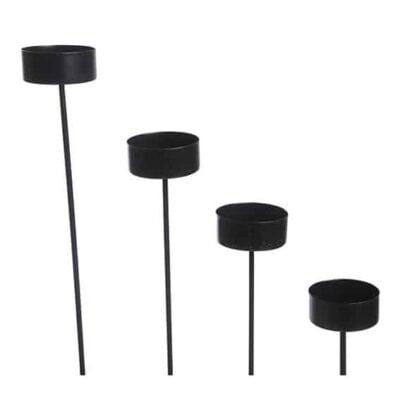lysholdere med spyd i sort metal til fyrfadslys 4 styk